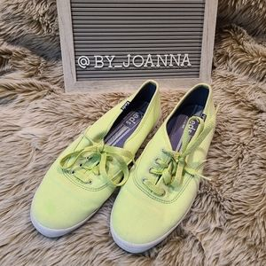 《KEDS》 ORIGINAL Green Canvas Sneakers